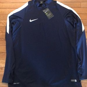 Nike Men's Lightweight Pullover, Size L, NWT